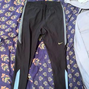 Women's size small Nike running leggings